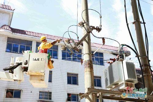 直逼1900万千瓦大关 江西电网用电负荷3天连创新高