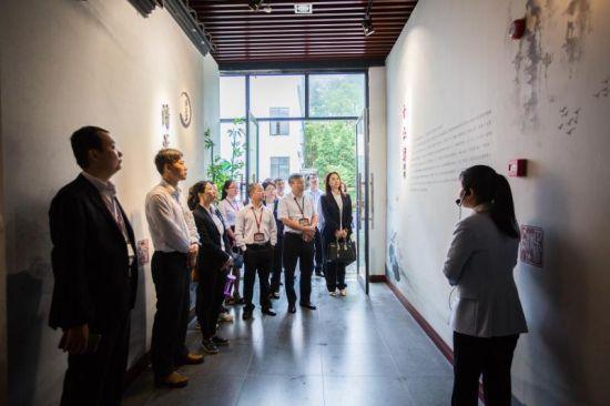 5月31日,各地党员干部到况钟纪念馆开展廉政教育活动