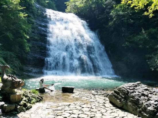 上饶三清山玉帘瀑布景区拟确定为国家4A级旅游景区