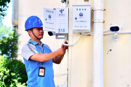 江西省首个5G+智业务云视频v业务a业务播放双屏视频图片