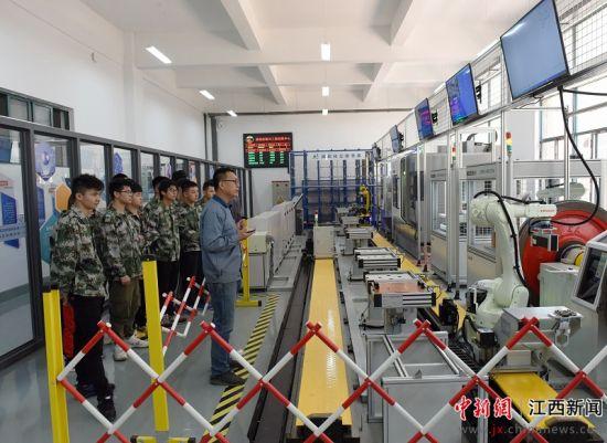 华东交大建成江西高校首个智能制造实训系统