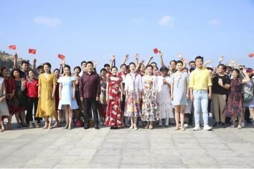《祖國在我心中》快閃推出 著名歌唱家閻維文獻唱