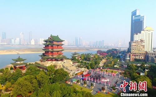 """重建开放30年""""江南名楼""""滕王阁举办高峰论坛"""