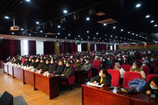 万明在华东交大理工学院宣讲党的十九届五中全_长江大学