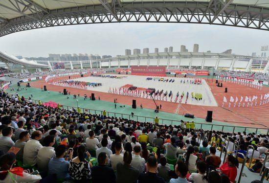 南昌市第十六届运动会开幕(图)