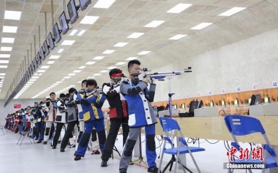 全国大学生射击锦标赛龙8国际娱乐网址开赛 王义夫现身