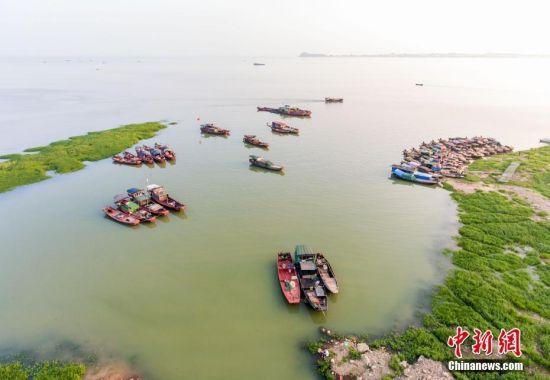 """长江江水持续""""倒灌"""" 鄱阳湖水位上涨"""