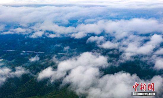 航拍2018新开户送体验金仙女湖雨后飘渺如仙境