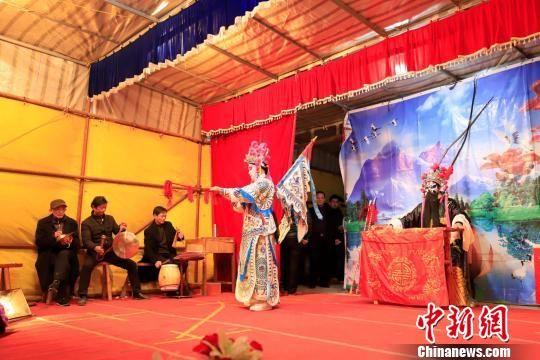 龙8国际娱乐手机登录庐山飘非遗年味 民俗文化闹新春
