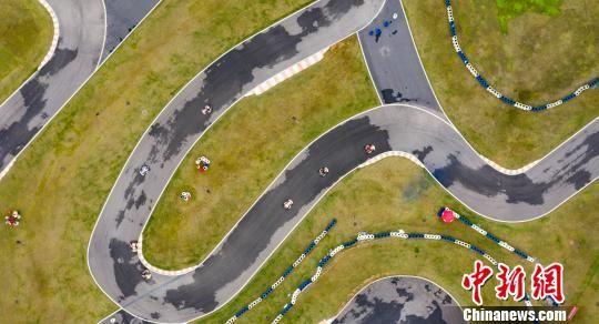 中国首届卡丁车超级联赛在注册送白菜网新余开赛