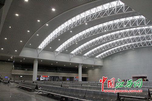 南昌火车站东站房今起正式启用(图)