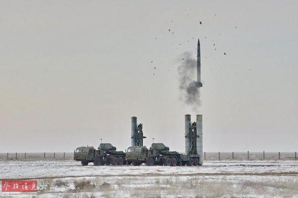 外媒:中国明年将获S-400 导弹射程超380公里